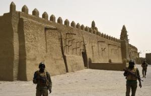 afp_mali_calls_for_calm_after_jihadist_attack