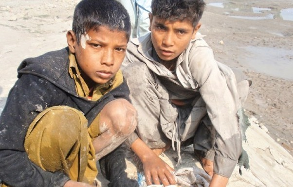 Al-Khidmat Foundation had earlier announced a Rs90 million budget for its Orphan Care Programme and announced that it will cater to 3,000 orphans PHOTO: EXPRESS/FILE