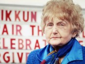 Holocaust survivor Eva Kor, 81, who publicly forgave Oskar Groening and even embraced him in court