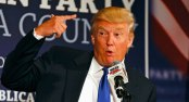 Donald Trump with a loaded gun finger poiunted at his own head. www.AlistairReignBlog.com