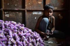India's bidi workers suffer for the daily habit of others.